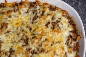 Cheesy sloppy Joe casserole
