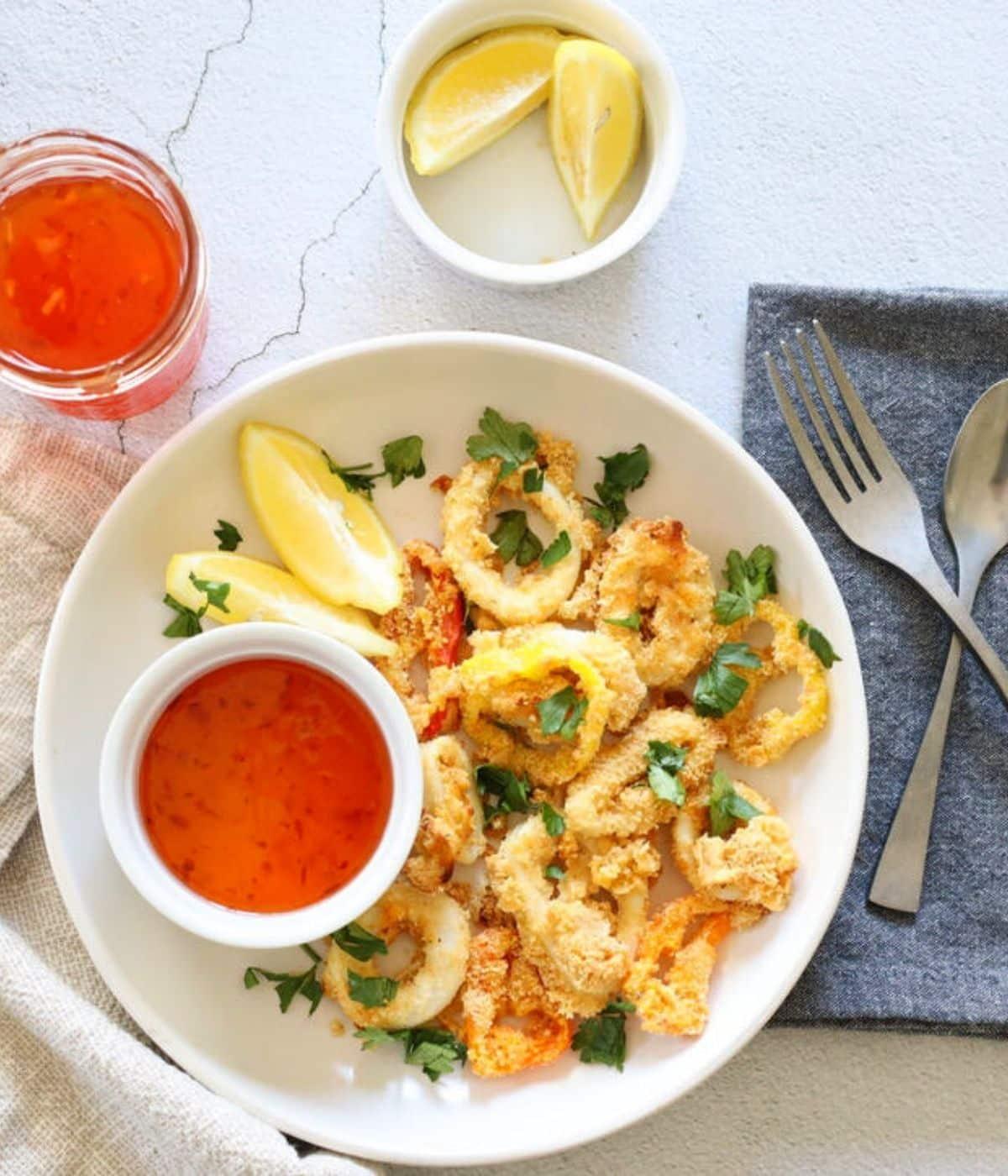 calamari with peppers lemon and sweet chili sauce